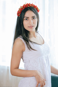 Cira Nerri Teen Hottie