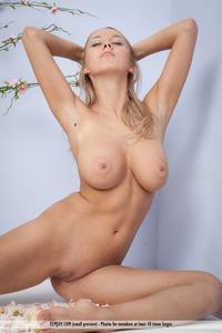 Aelita In Give Me Pleasure