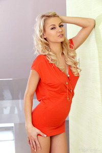 Sweet Girl Annelli In Red Dress