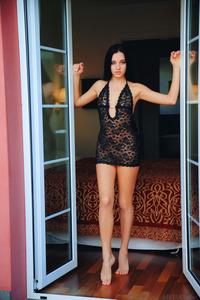 Raven-haired Chick Sultana Striptease