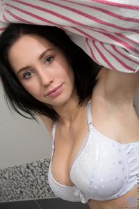 Sexy Teen Semija