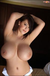 Leanne Crow Showing Huge Boobies