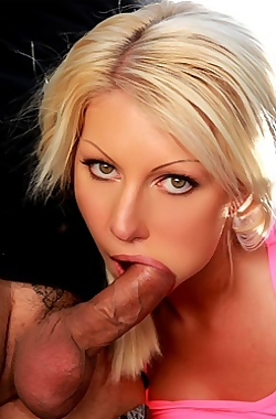 Free Porn Pics By A Hot Chick