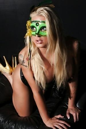 Leya Falcon Masquerade Fun