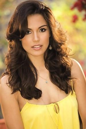 Raquel Pomplun Perfect Natural Body