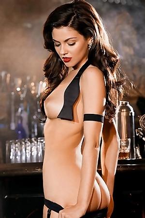 Sexy Babe Val Keil