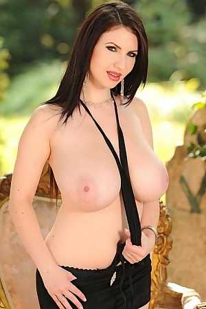 Hot Busty Babe Karina Heart Shows Her Big Tits Outdoors