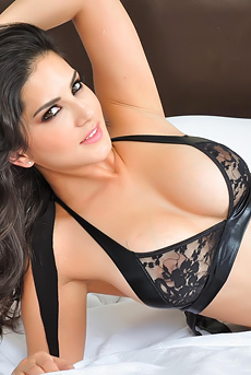 Sunny Leone Strips Off Sexy Lingerie
