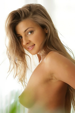 Melena Tara Beautiful Body, Hair And Face
