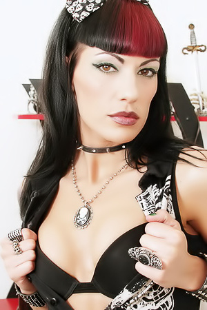 Hot Sexual Cute Ass Gothic Babe...