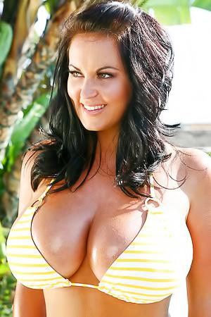 sarah nicola randall - free babe galleries, hot pics, nude boobs at