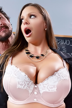 Brooklyn Chase, Alexis Fawx Pictures In Nailing Ms. Chase