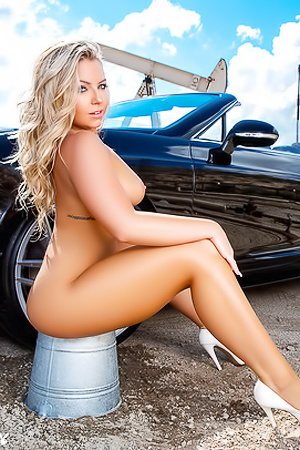 Yummy Teya Kaye Is Putting On A One-Woman Car Wash