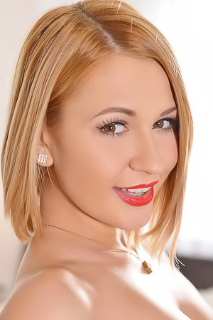 Tracy Lindsay P