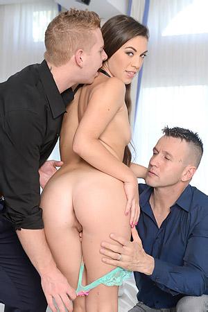 Tiffany Doll In A Hardcore Threesome