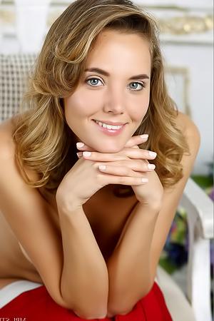 Katya Clover In Hypnotize II