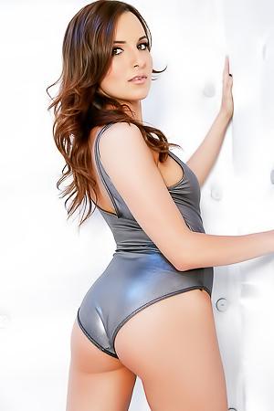 Jenna Rose Loves To Gets Nasty