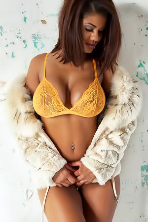 Big Boobs Sophia Lares