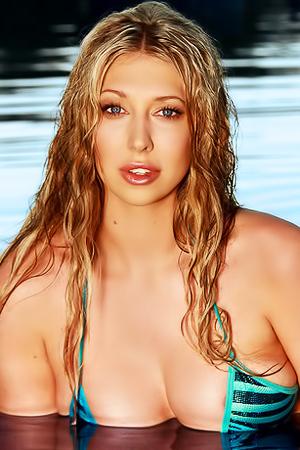 Lexi Lowe Takes Off Her Wet Bikini
