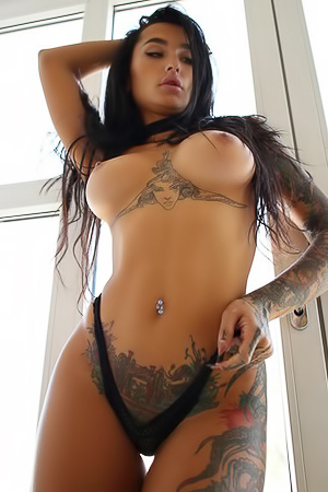 Explosive Sensuality And Powerful Images From LeeQ With Her Exotic Look This Inked Model Possess All The Traits One StasyQ Model