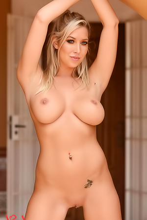 Lexi Lowe In Playful Lingerue