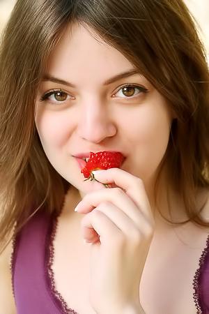 Strawberotica With Klarissa
