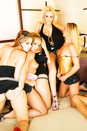 4 Sexy Blondes Playing With 3 Nasty Brunettes