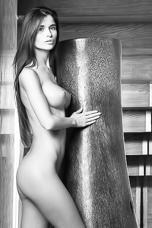 Lean Model Katrina In Black & White