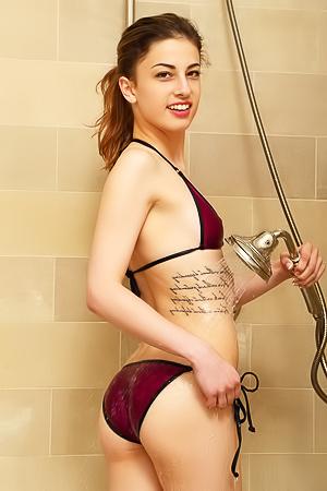 Skinny Kristen Scott Washing And Masturbating Her Pussy
