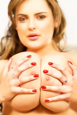 CallGirl Katie Thornton
