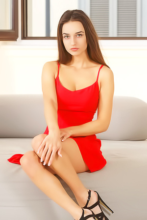 Sexy Gloria In Red picture gallery