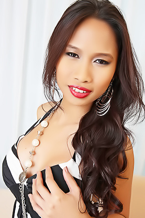 Hot Asian Model Stella