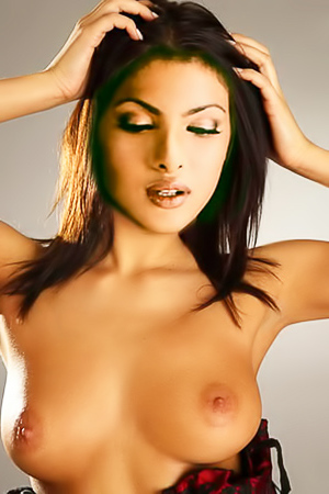 Priyanka Chopra naked and sexing her copper body up